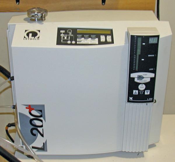 图1.氦质谱仪(图像和图形由FSA提供)