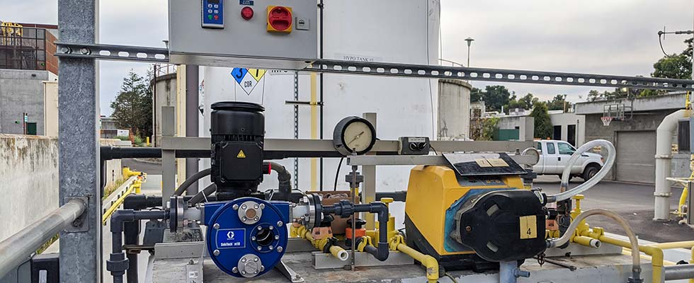 Peristaltic pump closing chlorine for water treatment