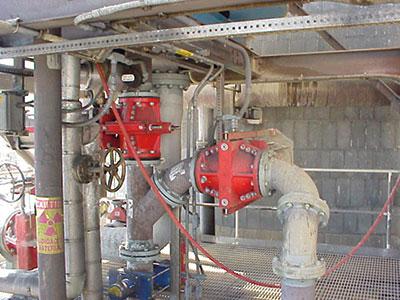 电厂FGD洗涤塔系统上的气动10英寸双挤压设计