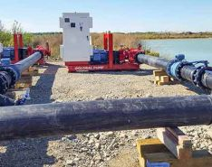 Electrical pumping system set up for gravel pit/quarry dewatering (Images courtesy of Global Pump)